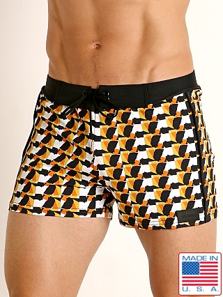 Model in print Sauvage Como Italia Mid-Century Modern Swim Short