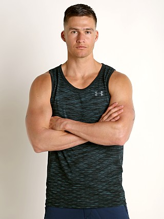 Model in batik/pitch gray Under Armour Vanish Seamless Tank Top