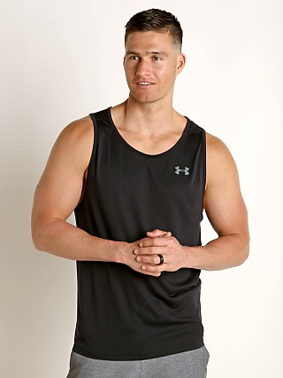 Model in black/pitch gray Under Armour Tech 2.0 Tank Top
