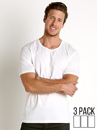 You may also like: Hugo Boss 100% Cotton T-Shirt 3-Pack White