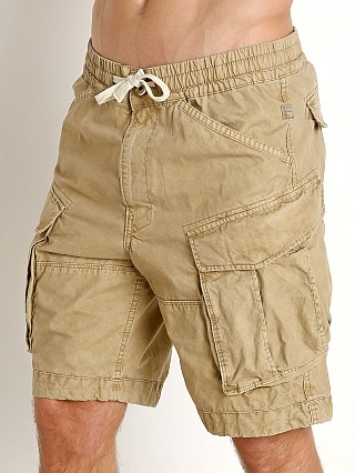 Model in sahara G-Star Rovic Relaxed Bitt Canvas Shorts