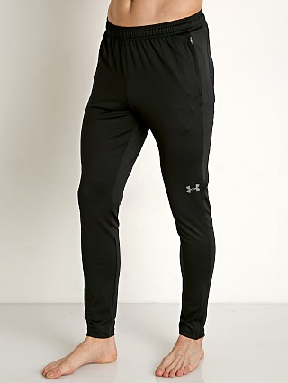 Model in black/graphite Under Armour Challenger II Training Pant